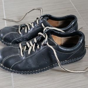 Born Shoes - Born leather lace up shoes size 8